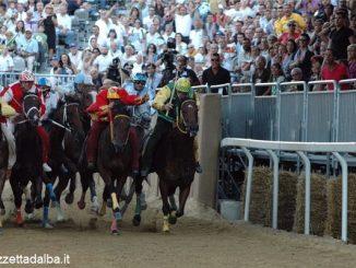 Al Palio di Asti multe al rione se il cavallo è positivo all'antidoping