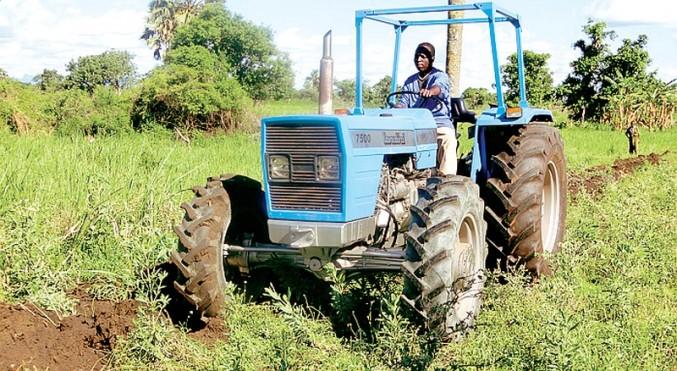Il trattore è giunto a Kalongo