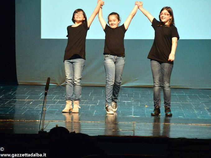 Un premio per lo spettacolo delle quarte elementari di Mussotto 5