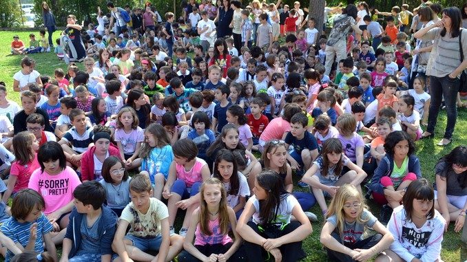 Premiati gli alunni delle elementari di Alba con più presenze al Piedibus 5