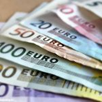 Trovato in possesso di denaro falso: denunciato dai Carabinieri di Canale