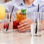 Dietro il bancone del bar la miscelazione è futurista