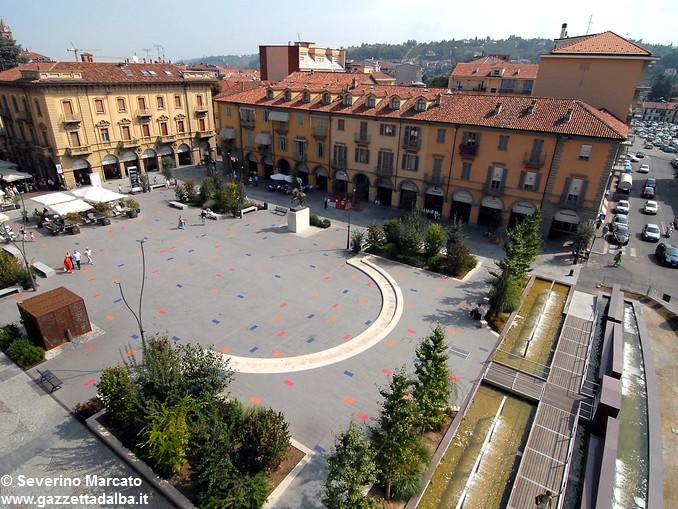 piazza michele ferrero ex savona Alba