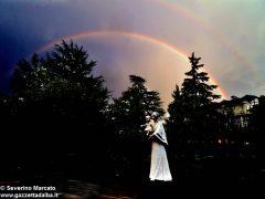 Le foto dei nostri lettori: grandine, folate di vento e arcobaleno 8
