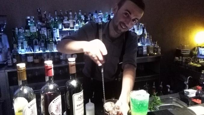 Il cocktail diventa futurista. Barista astigiano in finale