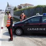 Circola con targhe false: i Carabinieri gli sequestrano il furgone