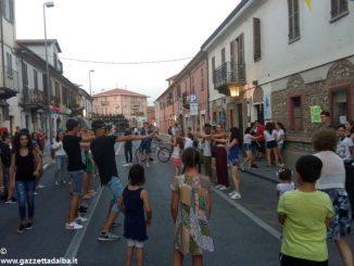 Bra: gastronomia, musica e giochi in via Piumati