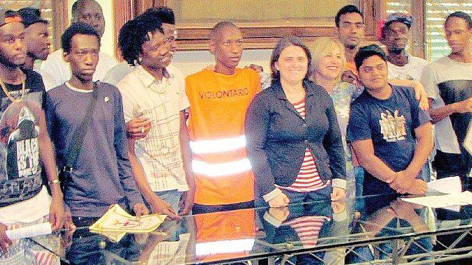 Rifugiati e volontari per la città di Alba
