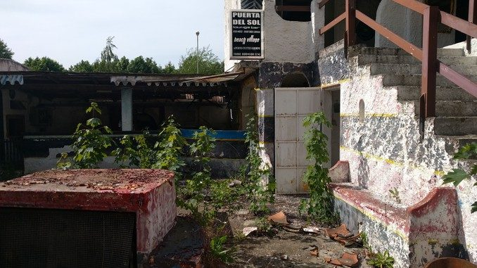 Centro culturale nell'ex discoteca Baia blanca
