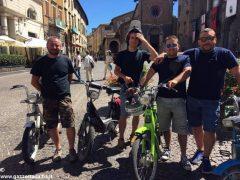 Da Ceresole a Viterbo, amici in vacanza in sella al Ciao 4