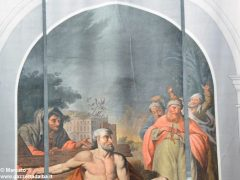 Alba, le artistiche coperture dei ponteggi per il restauro in San Giovanni 1