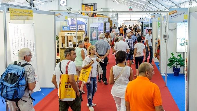 Tanto pubblico per la prima domenica della Grande fiera d'estate di Cuneo 1