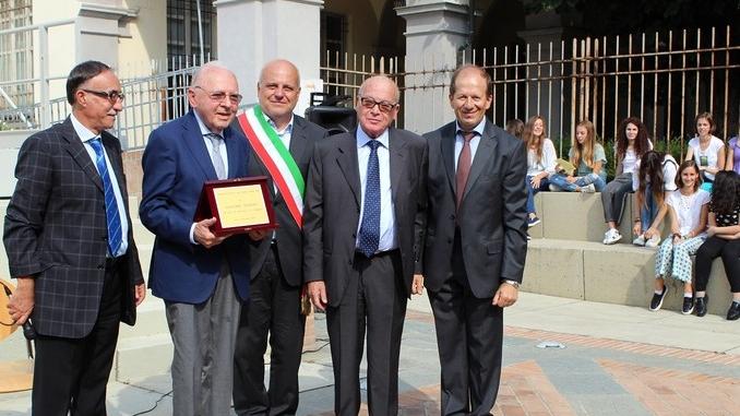 Inaugurato l'anno scolastico 2016-'17. Il liceo classico Govone omaggia Giacomo Oddero 1