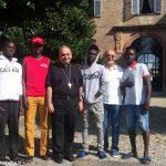 Aperte le porte del cuore per i quattro migranti
