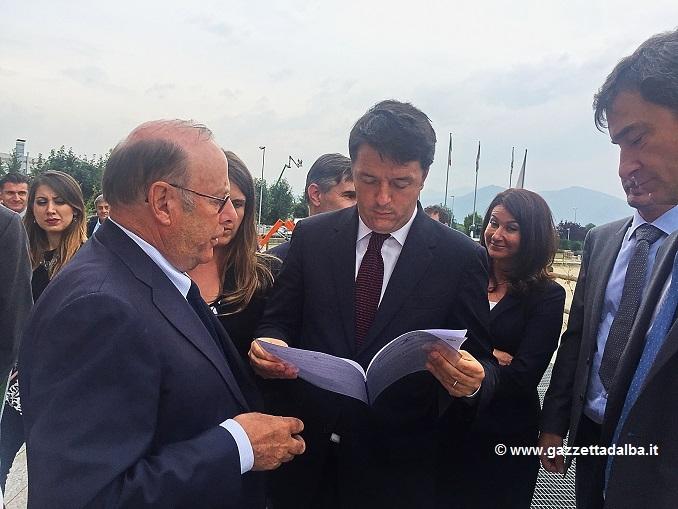 Asti-Cuneo: Biraghi consegna a Renzi un documento per il rilancio della provincia