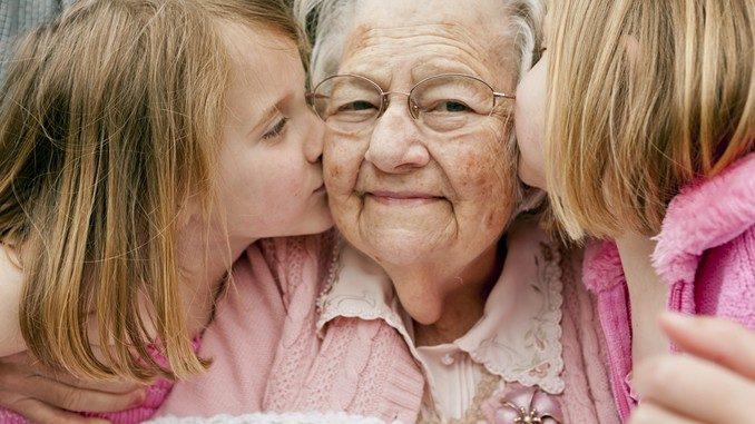 Il 2 ottobre è la Festa dei nonni, angeli custodi della famiglia 5