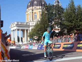 Ciclismo: niente bis per Rosa alla Milano-Torino 1