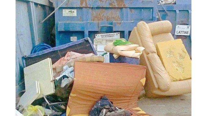Ecocentro di Mussotto in overdose  per troppi rifiuti
