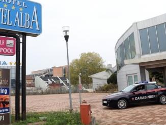 I Carabinieri mettono in fuga i ladri che svaligiavano il Motel Alba 1