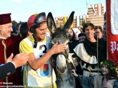 Patin e tesor vince il Palio numero nove, ma Moretta protesta 7