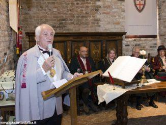 I cavalieri del tartufo accolgono Alan Bryden presidente della federazione delle confraternite del vino