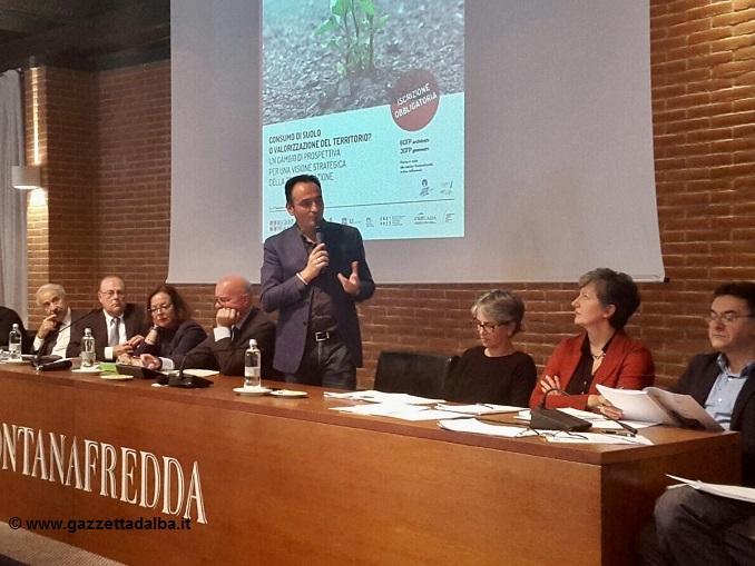 Cirio agli architetti: «La nuova legge sul consumo del suolo paralizza il sistema»