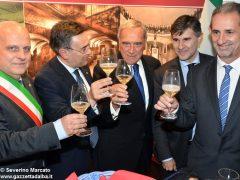 Pietro Grasso inaugura la Fiera del tartufo 2016 3