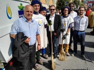 Al Palio tre operatori Stirano in costume per la settimana degli ecovolontari