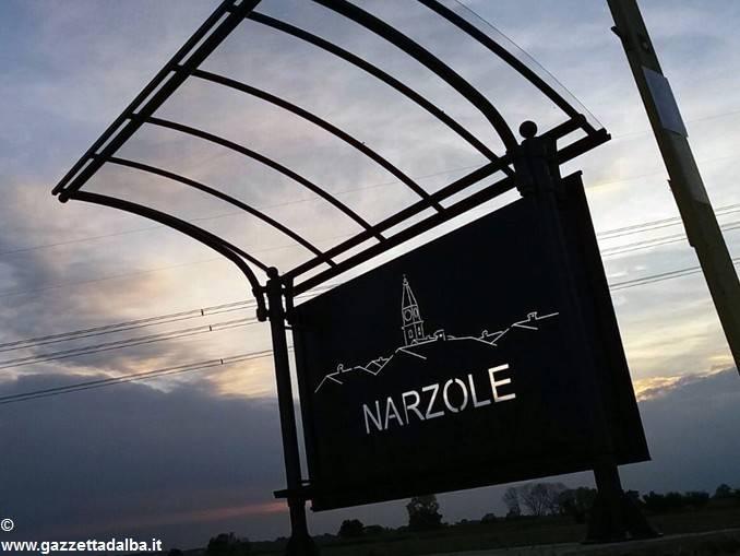 Narzole: nuove artistiche pensiline alle fermate dell'autobus