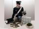 Muratore arrestato: coltivava marijuana in cantina
