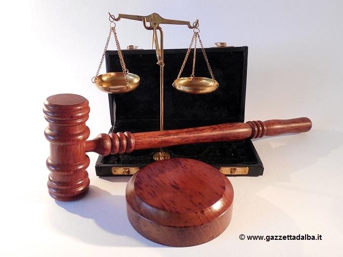 Al via il processo al ceresolese accusato di truffa a 130 lavoratori bengalesi