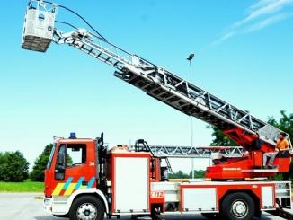 Festa di Santa Barbara: una nuova autoscala per i Vigili del fuoco