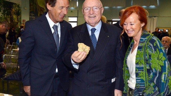 Ceretto sprona il Roero e dona 2.500 euro per la Tartufaia di Vezza 8