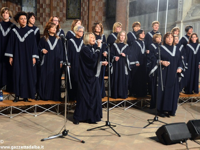 rejocing-gospel-choir-3