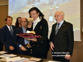 Asta da record: 450.000 euro raccolti. A Dong tartufo da 100.500 euro
