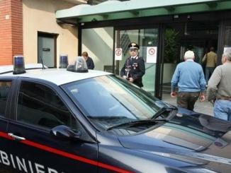 Alba: arrestato un ubriaco che infastidiva i passanti vicino all'ospedale