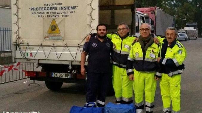 Altri volontari di Proteggere Insieme nel terremoto. L'associazione adotta Cingoli