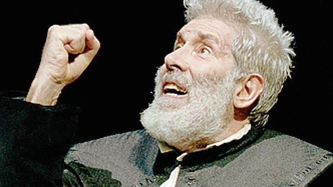 Benvenuti interpreta l'Avaro di Molière al Politeama di Bra