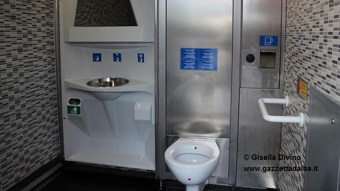 Da domani attivo il nuovo wc pubblico a pagamento di piazza Cagnasso