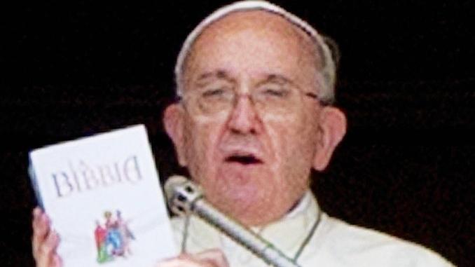 Sondaggio del Censis: neanche i cattolici leggono il Vangelo