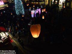 Fotogallery: lo spettacolo delle fontane luminose in piazza Duomo 4