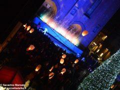 Fotogallery: lo spettacolo delle fontane luminose in piazza Duomo 11