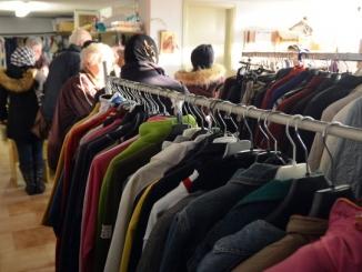 Caritas di Castagnito: c'è bisogno di più cibo per 115 famiglie 1