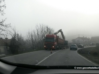 Lavori in corso sul ponte di Pollenzo, previsti disagi e lunghe code