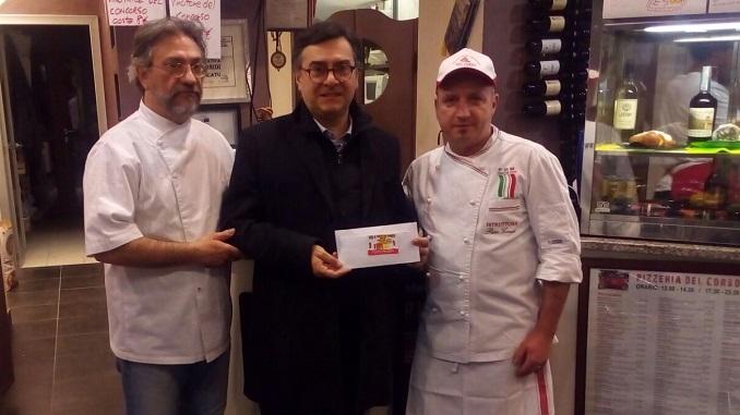 La generosità dei clienti della Pizzeria del Corso per una famiglia terremotata di Amatrice