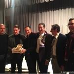 Uno stuolo di fans accoglie il granata Andrea Belotti, premiato a Canale