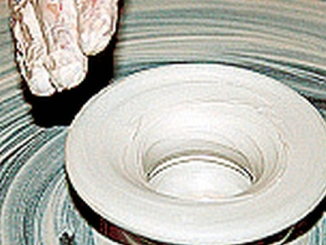 Ceramisti per un giorno: pomeriggio per famiglie a palazzo Traversa