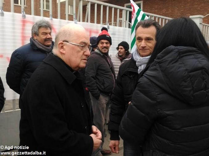 vescovo Pinerolo Pier Giorgio Debernardi crisi Pmt Italia