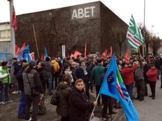 Abet: continua la tensione tra lavoratori e azienda