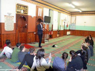 Bra: gli studenti dell'istituto Velso Mucci in visita alla moschea